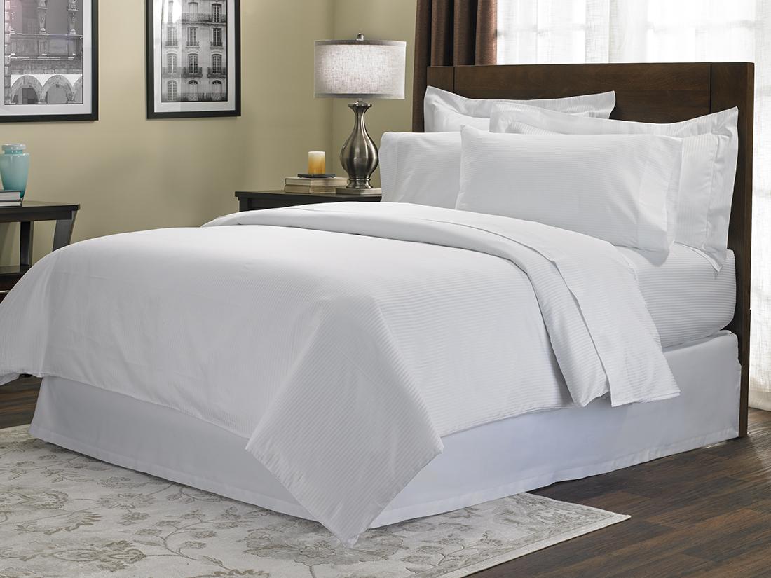 Cotton Stripe Bed Amp Bedding Set Hilton To Home Hotel