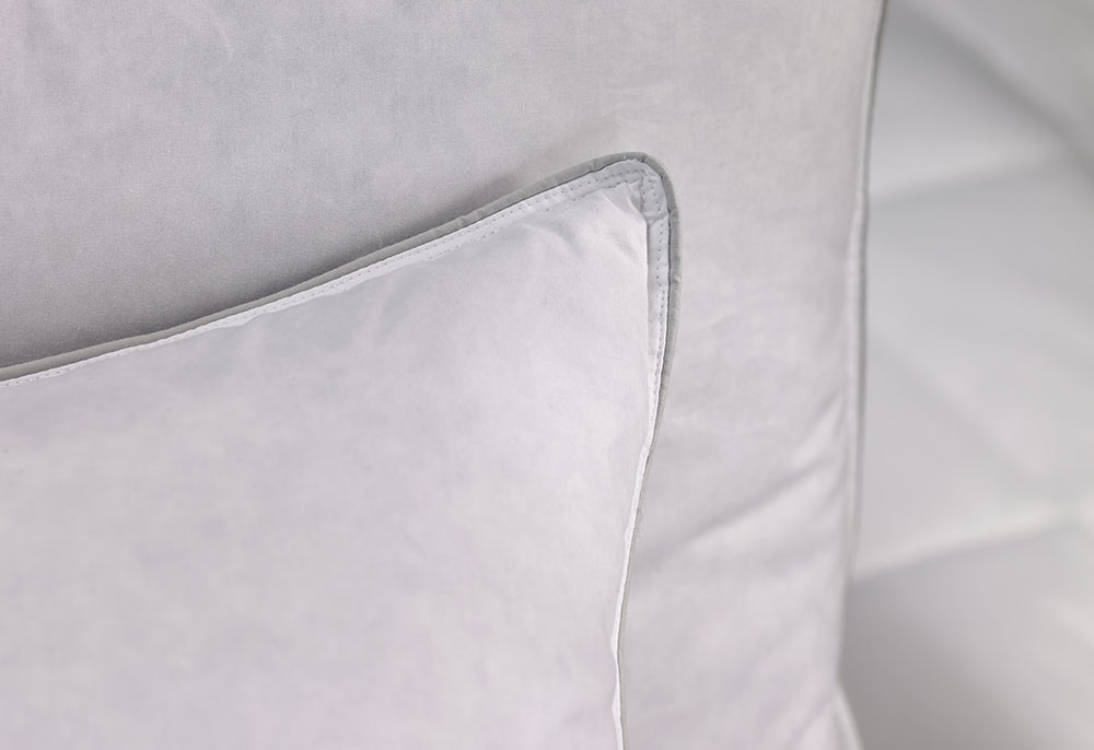 Feather Amp Down Pillow Hilton To Home Hotel Collection